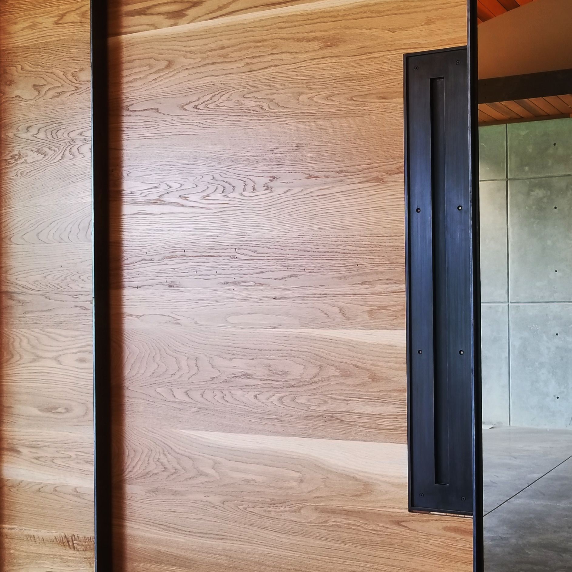 converging pocket doors